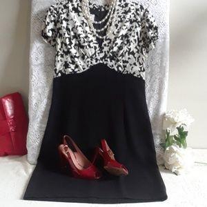 Dresses & Skirts - 🎉Elegant Vintage Dress